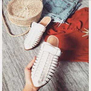 Shoes - 🆕️//The Denver// white buckle mule flat